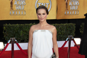 Natalie Portman Oscars Dress Prediction