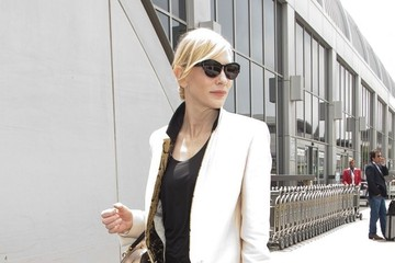 THIS is What Cate Blanchett Wears to the Airport