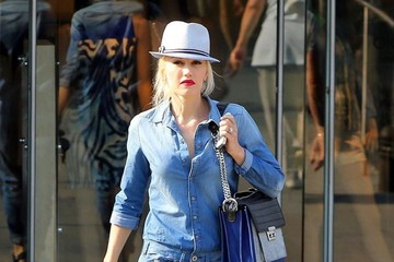 Gwen Stefani Makes Full-Body Denim Look Good