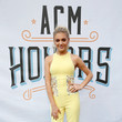 Kelsea Ballerini In Georges Chakra Couture At The ACM Honors, 2016