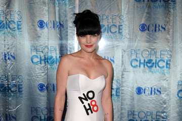 Pauley Perrette Stumps for Gay Rights at the People's Choice Awards