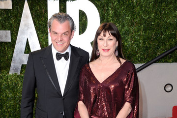 Anjelica Huston Dazzles at the Vanity Fair Oscar Party