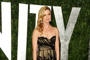 Actress Emily VanCamp arrives at the 2012 Vanity Fair Oscar Party hosted by Graydon Carter at Sunset Tower on February 26, 2012 in West Hollywood, California.