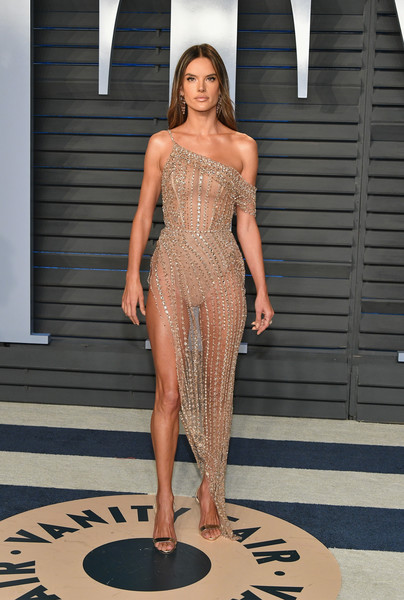 Alessandra Ambrosio In Ralph & Russo Couture At The Vanity Fair Oscar Party