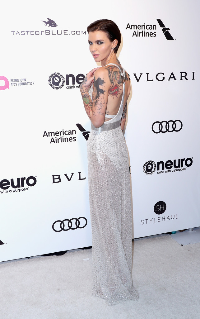 Ruby Rose In Shimmering White The Most Fabulous Dresses