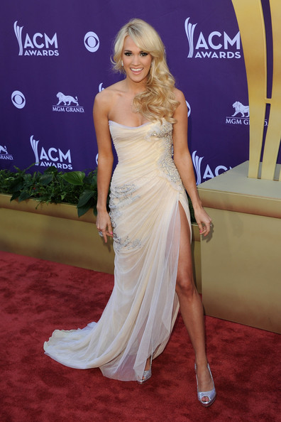 Carrie Underwood In Abed Mahfouz, 2012