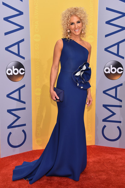 Kimberly Schlapman in Royal Blue