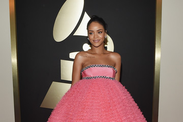 Rihanna's Pink Grammy Gown by Giambattista Valli (Photos)