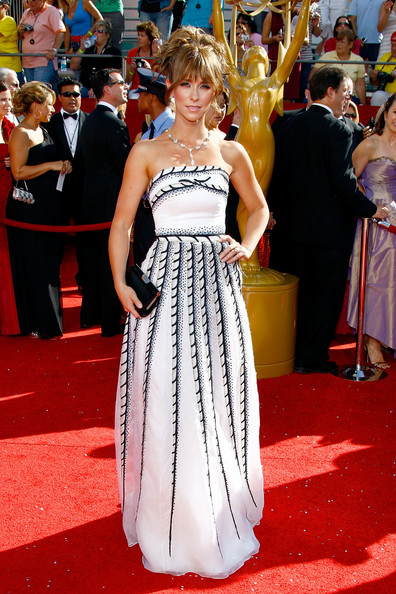 Jennifer Love Hewitt 2008 Emmy Awards