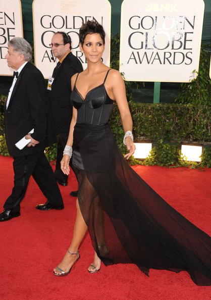 Halle Berry in Nina Ricci at the 2011 Golden Globes