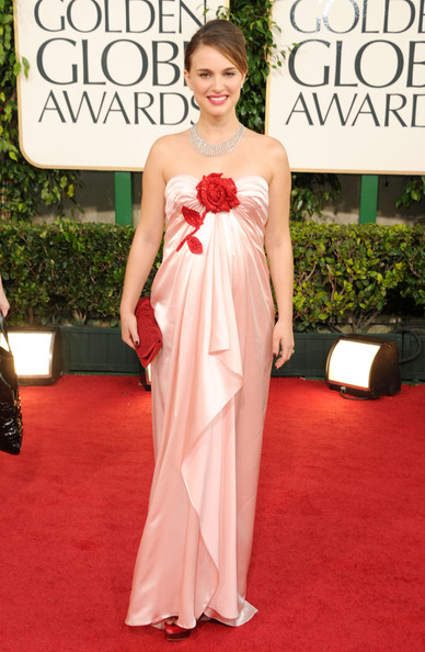 Natalie Portman in Viktor and Rolf at the 2011 Golden Globes