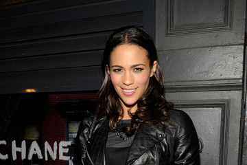 Paula Patton Flaunts Polished Medium Curls
