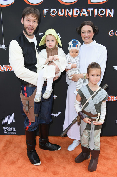 Ike Barinholtz And Erica Hanson And Family