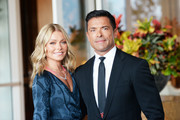 (L-R) Hosts Kelly Ripa and Mark Consuelos arrive at the Los Angeles LGBT Center's 49th Anniversary Gala Vanguard Awards at The Beverly Hilton Hotel on September 22, 2018 in Beverly Hills, California.