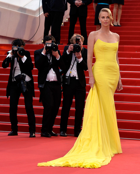 Charlize Theron Red Carpet Dresses