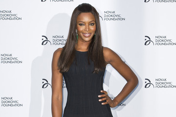 Naomi Campbell Makes A Simple Black Gown Look Good — Obviously