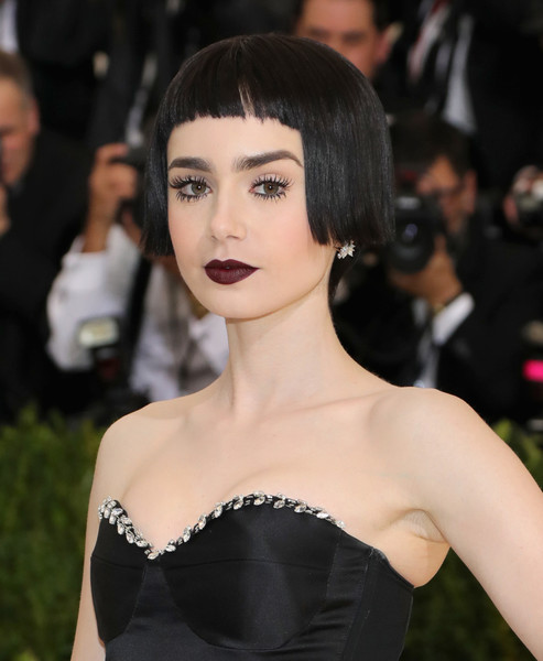 Lily Collins' Blunt Black Bob at the Met Gala