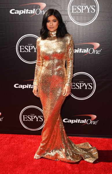 Showing Her Curves In A Fully Sequined Gold Gown By Shady Zeineldine At The 2015 ESPYs
