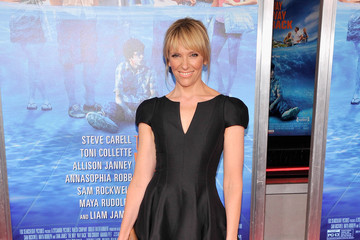 Toni Collette Kept It Classy With A Little Black Dress