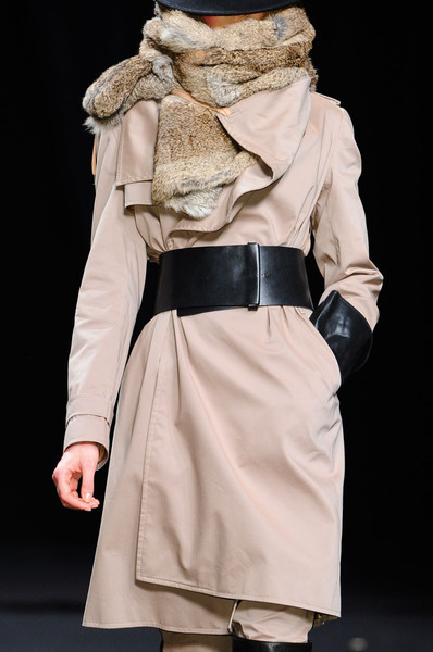 A.F. Vandevorst at Paris Fall 2012 (Details)