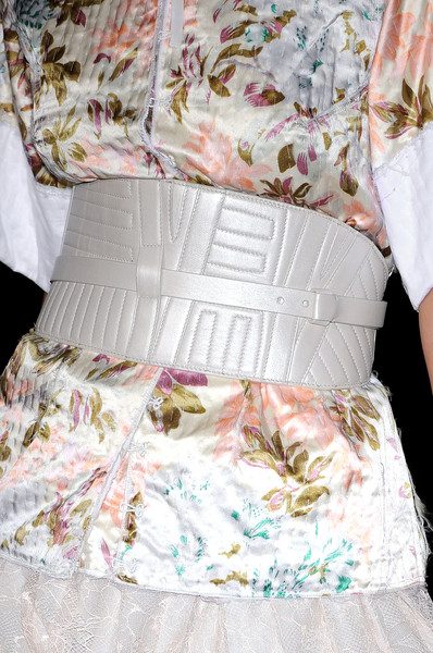 A.F. Vandevorst at Paris Spring 2009 (Details)