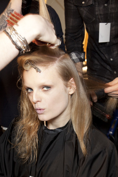 Alberta Ferretti at Milan Fall 2011 (Backstage)