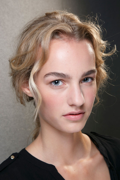 Alberta Ferretti at Milan Spring 2014 (Backstage)