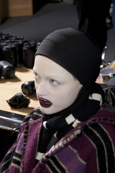 Alexander McQueen at Paris Fall 2009 (Backstage)