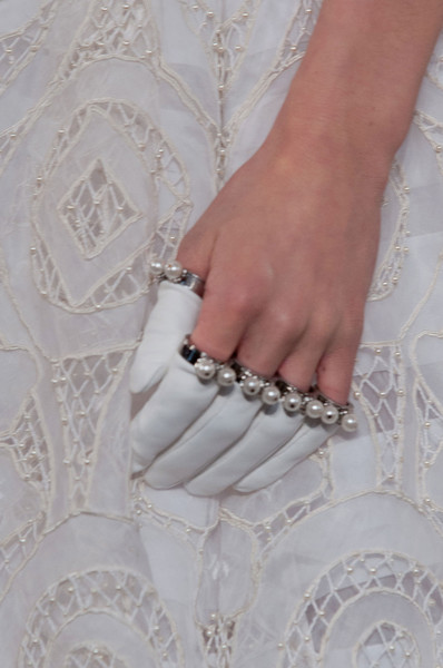 Alexander McQueen's Finger Gloves