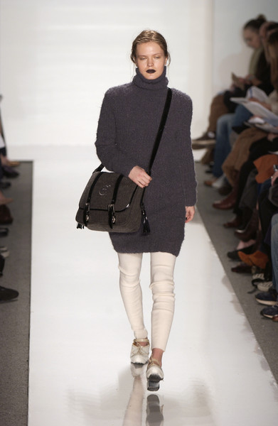 Alice Roi at New York Fall 2006