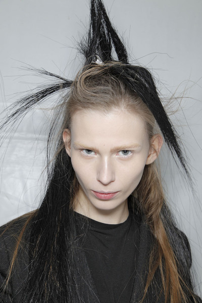 Ann Demeulemeester at Paris Fall 2011 (Backstage)