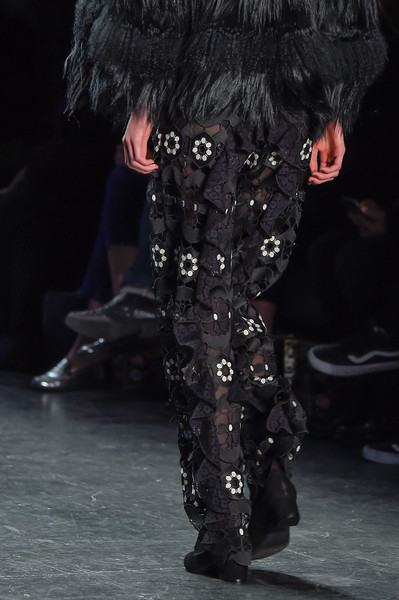 Anna Sui at New York Fall 2016 (Details)