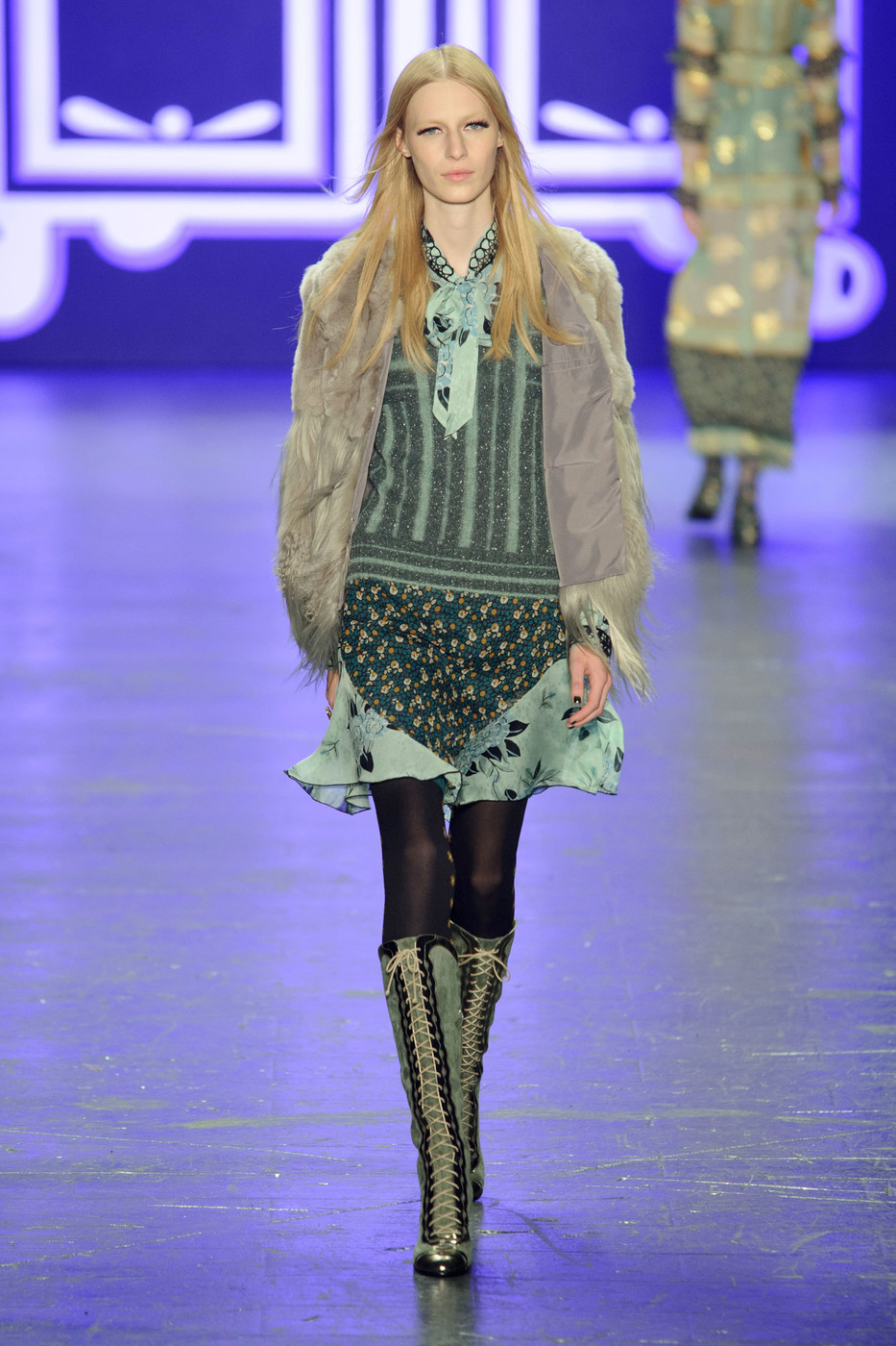Anna Sui Fall 2018 Ready-to-Wear Collection - Vogue 27