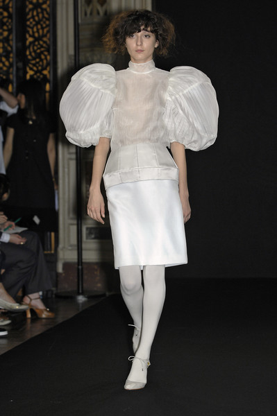 Anne Valérie Hash at Couture Fall 2007