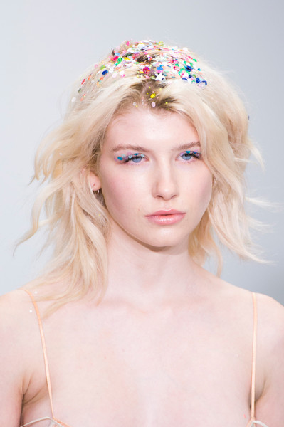 Ashish at London Spring 2016 (Details) [image,hair,headpiece,face,hair accessory,hairstyle,clothing,blond,beauty,skin,crown,blond,supermodel,beauty,hair,brown hair,hairstyle,hair tie,model,london fashion week,gigi hadid,beauty,model,supermodel,hair,hair tie,blond,image,brown hair,jamais la]