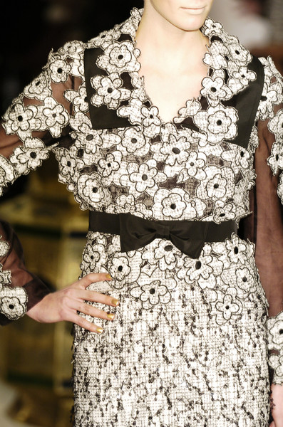 Ashley Isham at London Fall 2006 (Details)