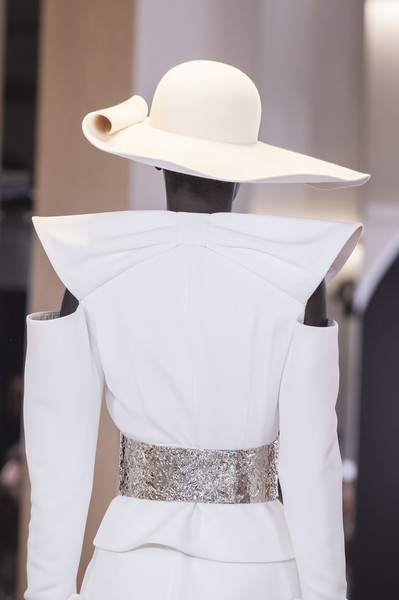 Balmain Paris at Couture Spring 2019 (Details) [couture spring 2019,white,clothing,shoulder,fashion,hat,dress,sun hat,fashion design,joint,fedora,gown,wedding dress,haute couture,pence,white,clothing,shoulder,balmain paris,wedding,wedding dress,gown,haute couture,wedding,two pence]