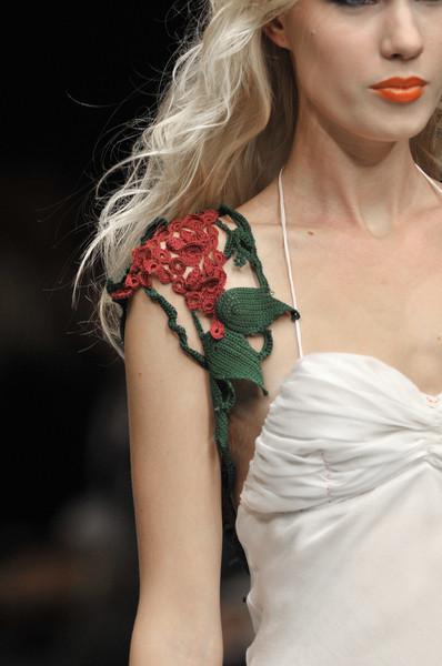 Bishara at Paris Spring 2010 (Details)