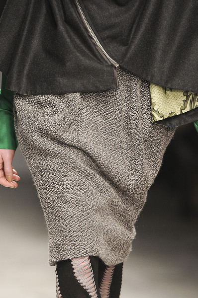 Bora Aksu at London Fall 2011 (Details)