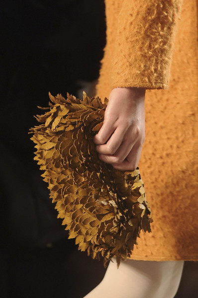 Bottega Veneta at Milan Fall 2011 (Details)