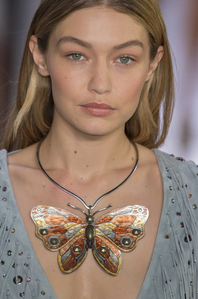 Bottega Veneta at Milan Spring 2018 (Details) [hair,face,eyebrow,fashion,beauty,butterfly,neck,hairstyle,blond,shoulder,earring,jewellery,supermodel,fashion,fashion week,haute couture,runway,beauty,bottega veneta,milan fashion week,milan fashion week,fashion,jewellery,fashion week,supermodel,earring,haute couture,runway,fashion accessory]