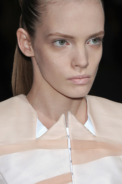 Bruno Pieters at Paris Spring 2010 (Details)