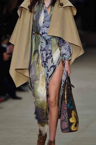Burberry Prorsum at London Fall 2014 (Details)