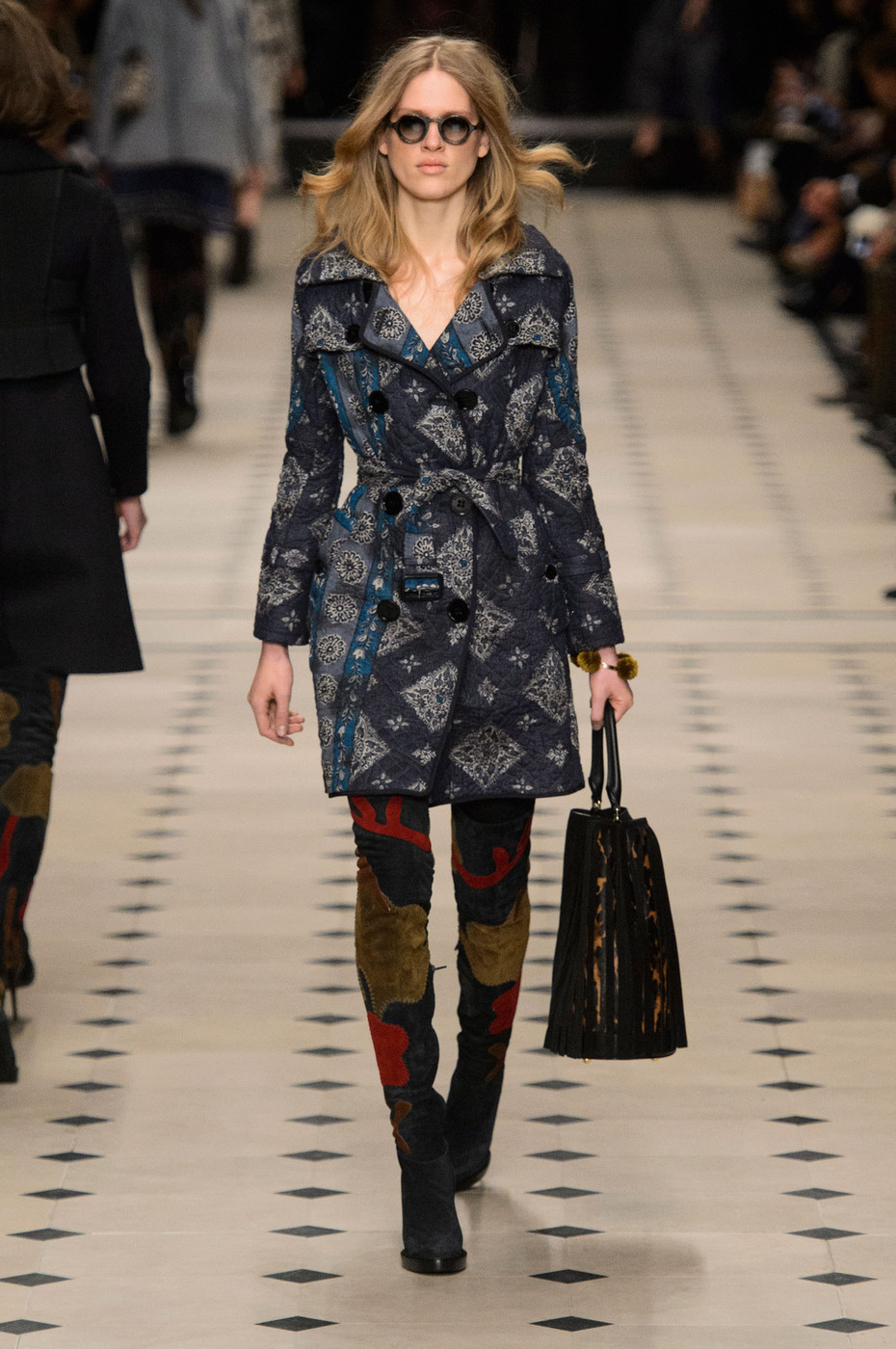 Burberry Prorsum At London Fashion Week Fall 2015 Livingly