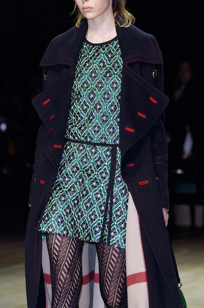 Burberry Prorsum at London Fall 2016 (Details)