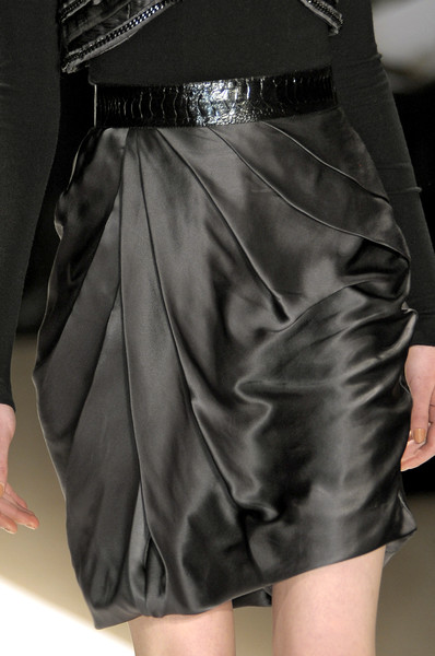 Carlos Miele at New York Fall 2010 (Details)