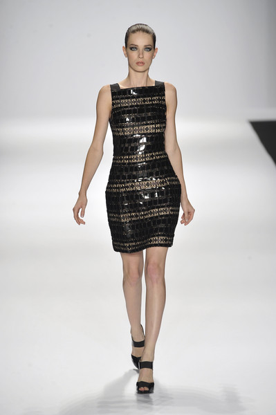 Carmen Marc Valvo at New York Spring 2009