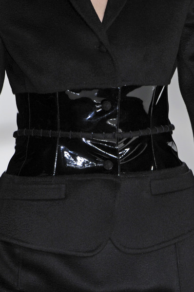 Chado Ralph Rucci at New York Fall 2009 (Details)