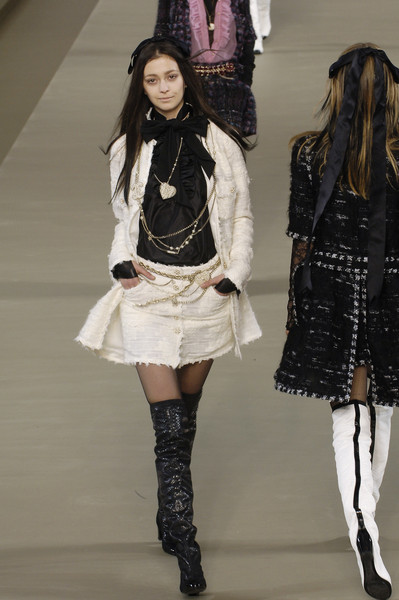 Chanel at Paris Fall 2006