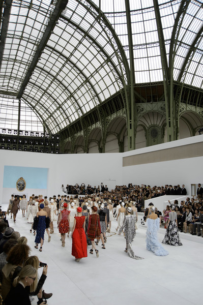 Chanel at Couture Fall 2014 [architecture,event,crowd,photography,building,dress,interior design,glass,tourist attraction,daylighting,crowd,couture fall,architecture,haute couture,runway,fashion,interior design,grand palais,chanel,event,grand palais,chanel,haute couture,fashion,runway,autumn,architecture,dior]